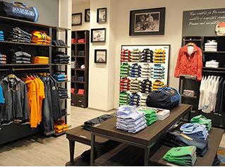 Napapijri Store Locator: find the shop or